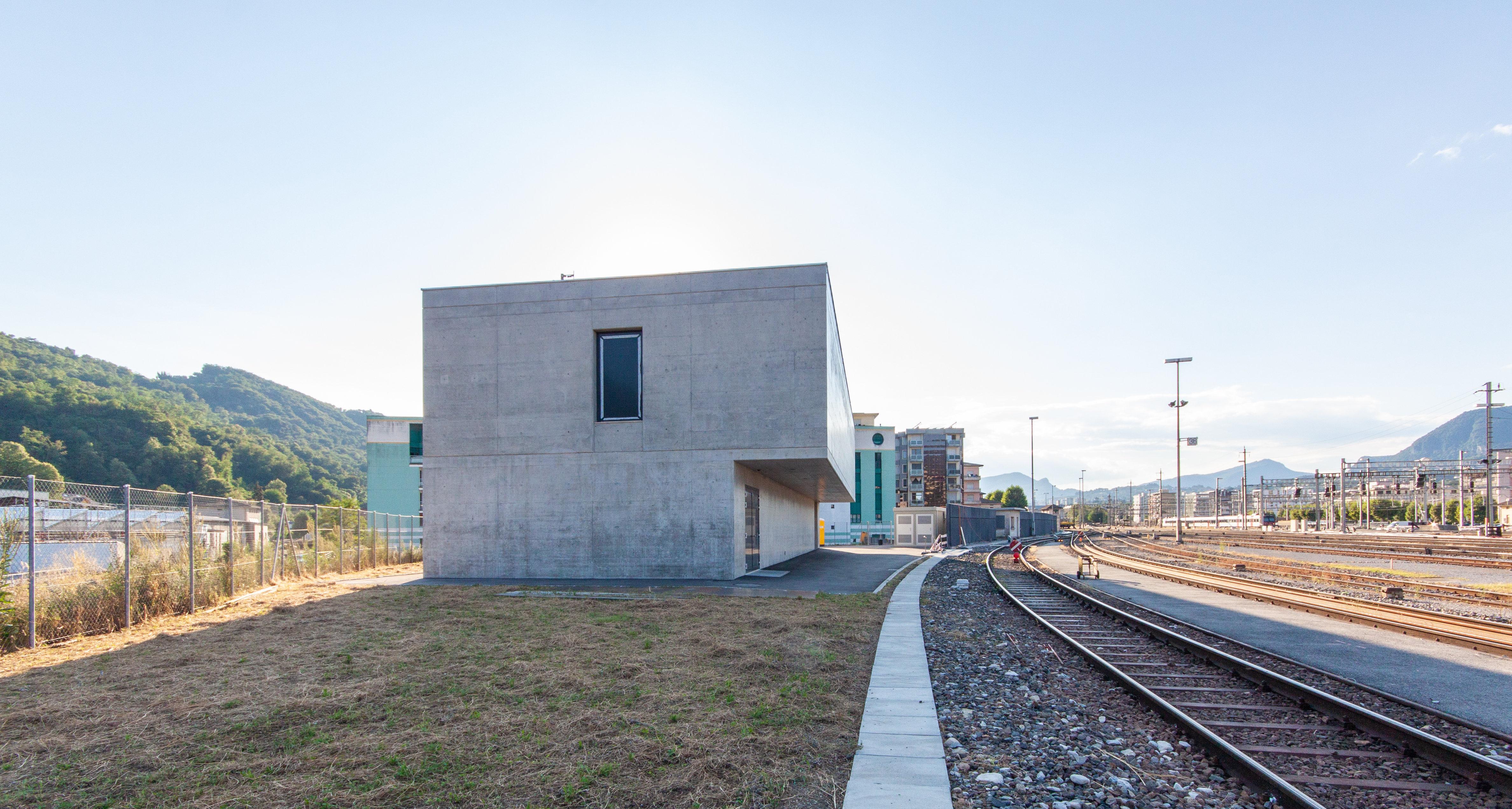 Bahntechnikgebäude 6830 Chiasso-0884