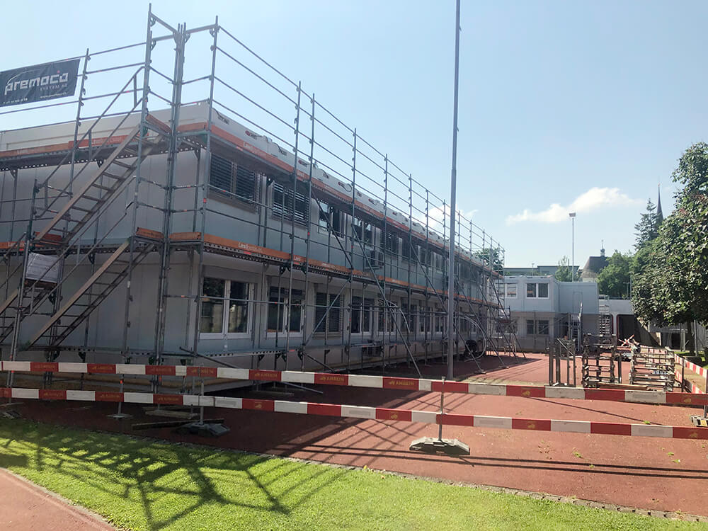 Aufbau des Provisoriums in Hochdorf/LU
